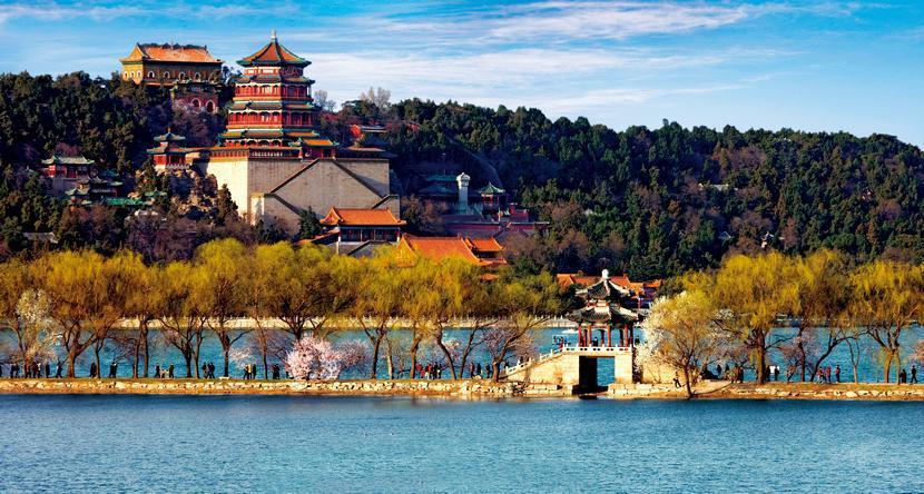 با کاخ تابستانی در شهر پکن آشنا شوید