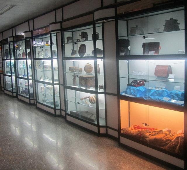برپایی یک نمایشگاه صنایع دستی به مناسبت دهه فجر