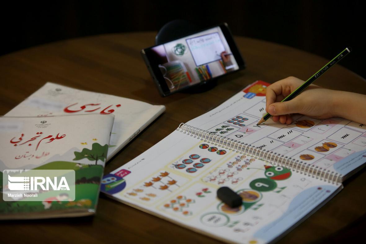 خبرنگاران تداوم فرآیند آموزش دانش آموزان لرستانی
