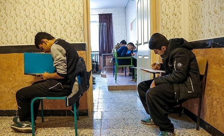 زالی: امتحانات حضوری پایه نهم لغو گردد