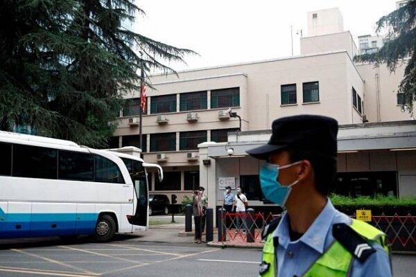 تدابیر امنیتی شدیدی بیرون از کنسولگری آمریکا در چنگدو برقرار است