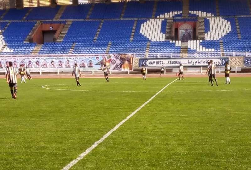 خبرنگاران مرحله نهایی مسابقات تیمهای فوتبال حاشیه شهر مشهد برگزار گشت