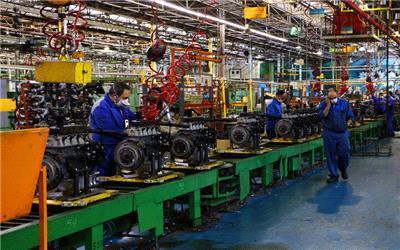 تمرکز 79 درصد تولیدات صنعتی در 10 استان