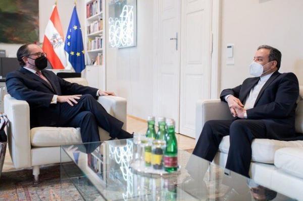 عراقچی به ملاقات وزیر امور خارجه اتریش رفت