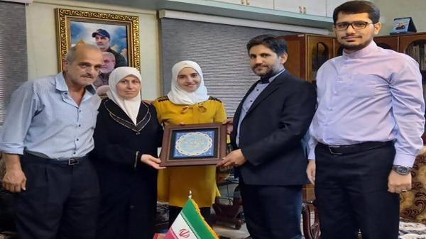 دختر نوجوان ایرانی در کنکور تجربی سوریه نفر اول شد